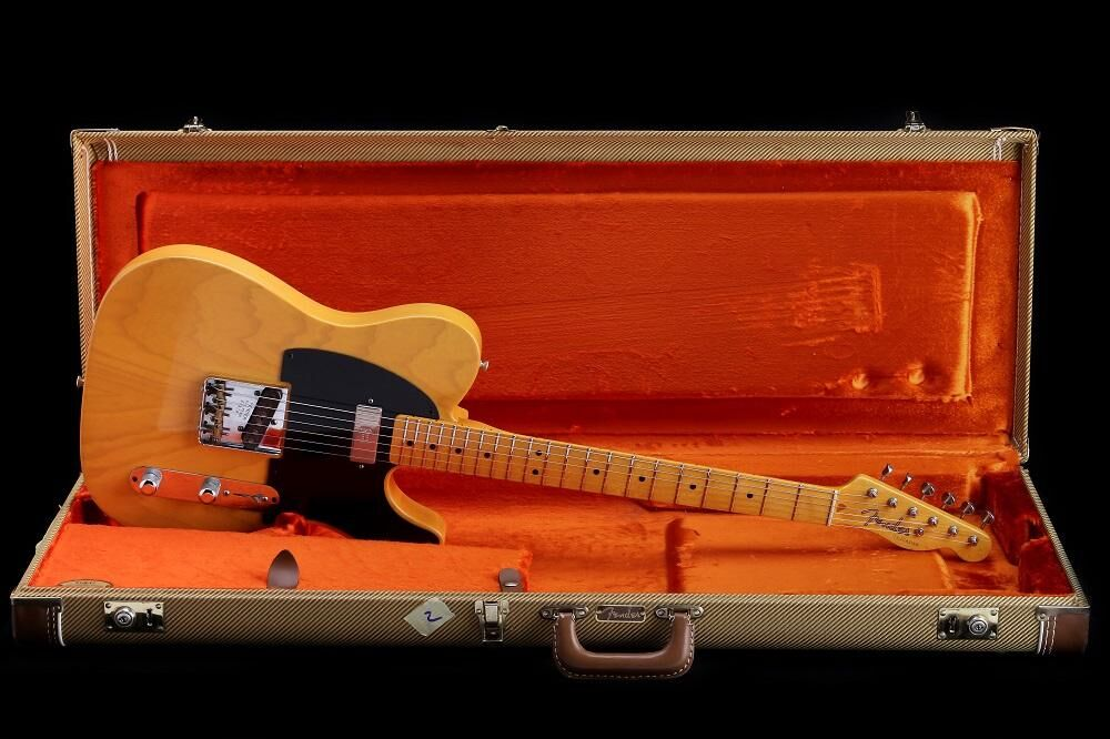 Fender Vintage Hot Rod '52 Telecaster (HH-V)