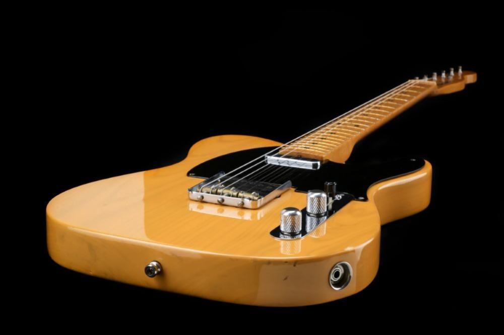 Fender American Vintage '52 Reissue Telecaster (HH-XIII)