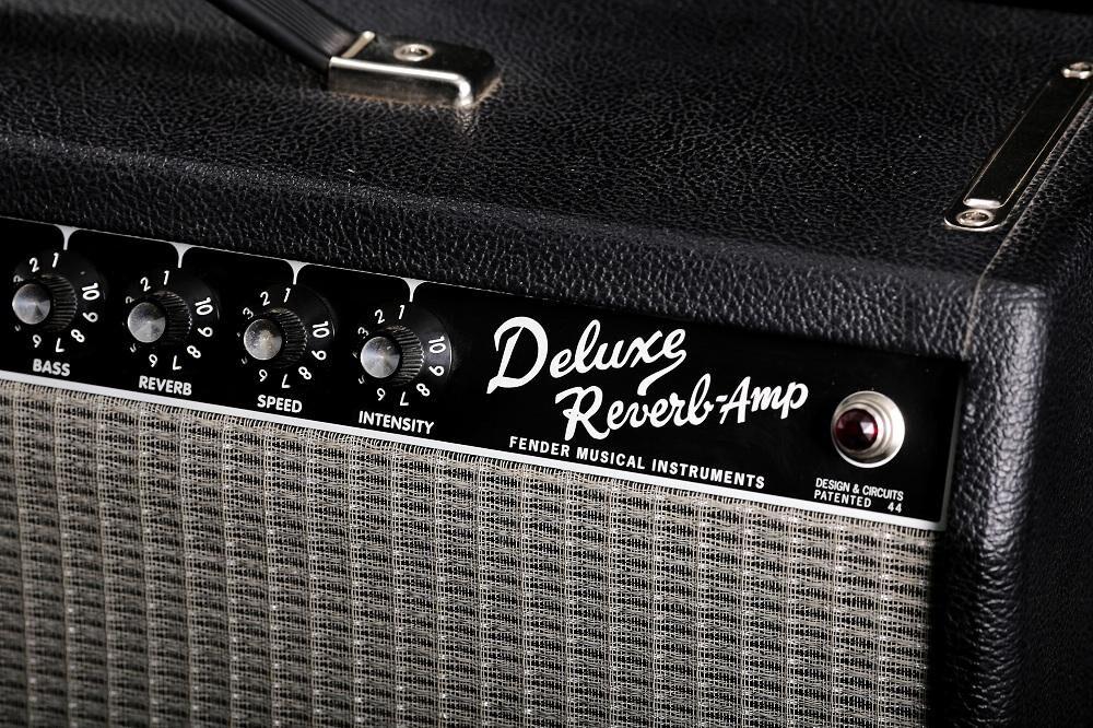 Fender '65 Deluxe Reverb Reissue (S-III)