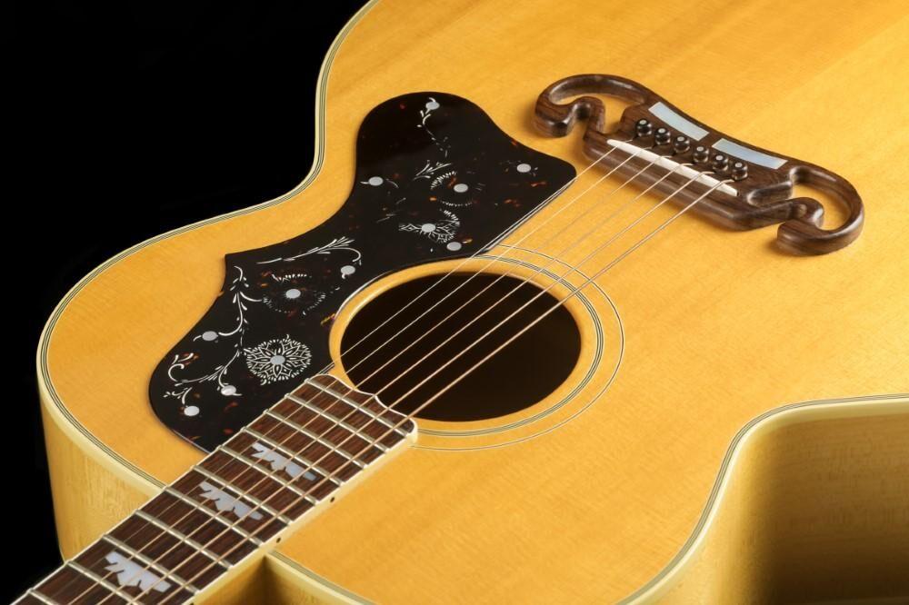 Gibson J-200 (#401)