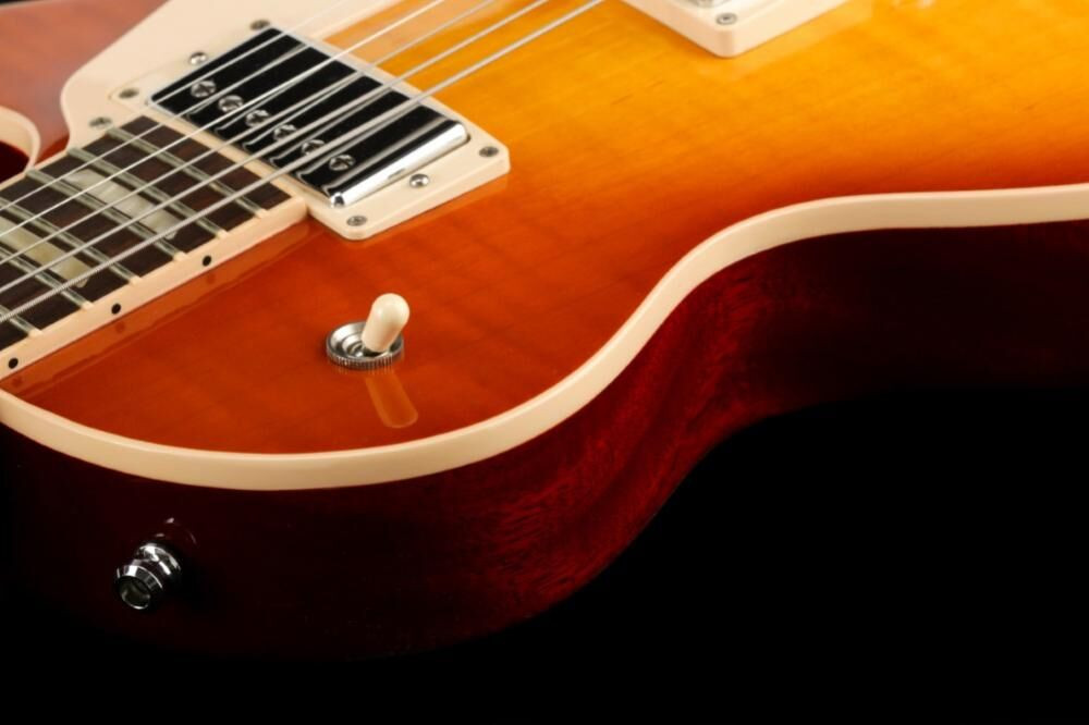 Gibson Les Paul Traditional Plus Light Burst (LB-II)