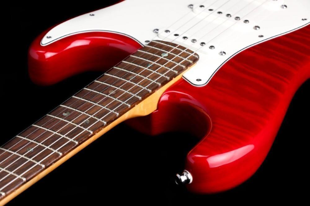 Fender Custom Shop Custom Deluxe Stratocaster (SC-II)